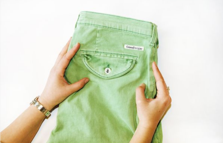 Groene chino van Good People